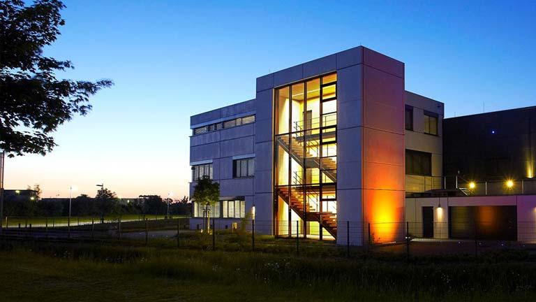 aixFOAM Schallschutz -  Das Firmengebäude in dem Schallabsorber hergestellt werden