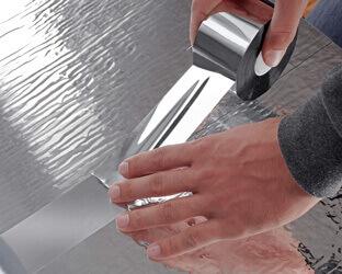 Aluminium-Tape zum Verkleben der Stoßfugen