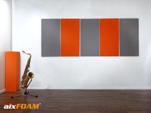 Absorptieplaten SH002 aan de muur maken de geluidsabsorptie compleet.