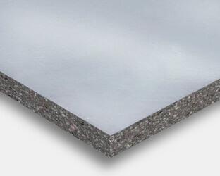 Schalldämmplatten mit Aluminiummembran schützen Bodenbelag vor Feuchtigkeit