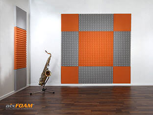 Liimapintaiset SH004- ja SH005-akustiikkavaahtomuovit näyttävät hyviltä ja tekevät akustiikasta erinomaisen.