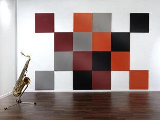 Absorptieplaten SH004 in verschillende kleuren optimaliseren de klank in de opnamestudio.
