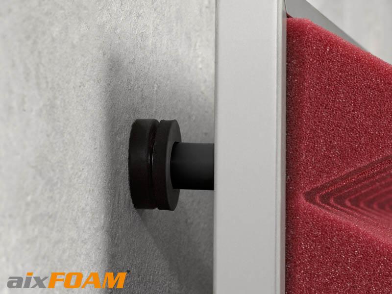 Detailaufnahme aixFOAM Akustikrahmen für Schallabsorber montiert mit Schwingungsdübeln